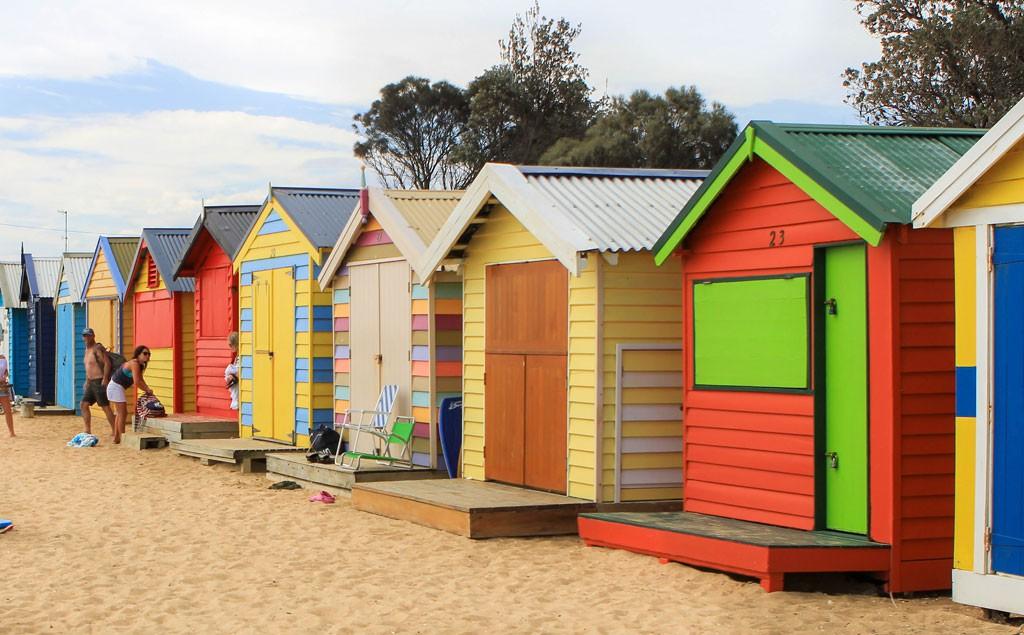 Estas bodegas en Brighton Beach están construidas hace más de un siglo y cada una está pintada de diferente color y muy bien mantenidas.
