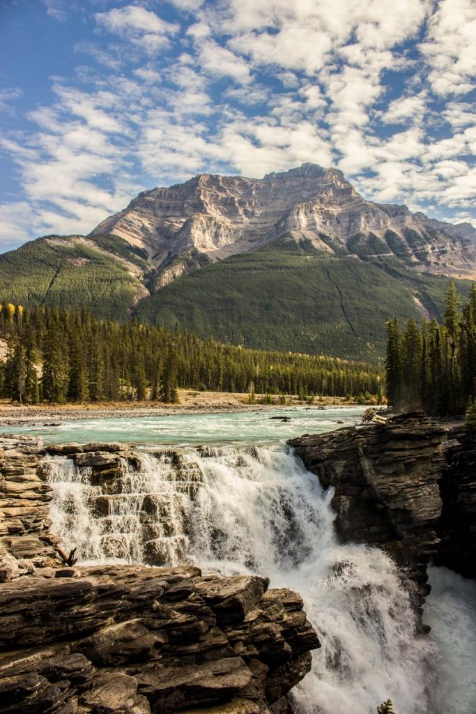 Athabasca-Falls-frontal