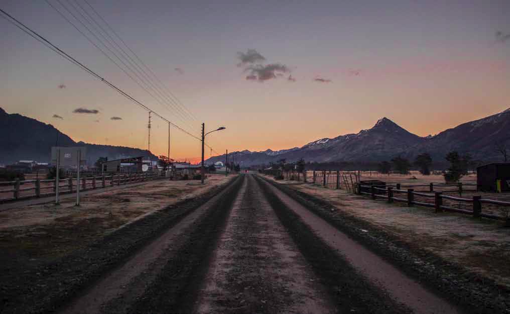 Las salidas a terreno comenzaban tras los primeros rayos de luz; tanto el silencio como la temperatura, ambos extremadamente bajos, eran observados atentamente por el Cerro Altavista, fiel guardián de la villa.