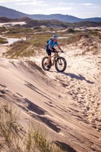 Las dunas de Florianópolis ya son ampliamente utilizadas para trekking, cabalgatas y sandboard. Las Fat bikes utilizan los mismos caminos pero con un menor impacto.