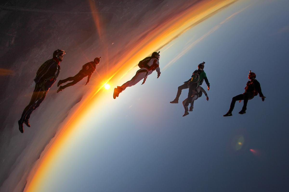 Paracaidismo: De cabeza contra el planeta